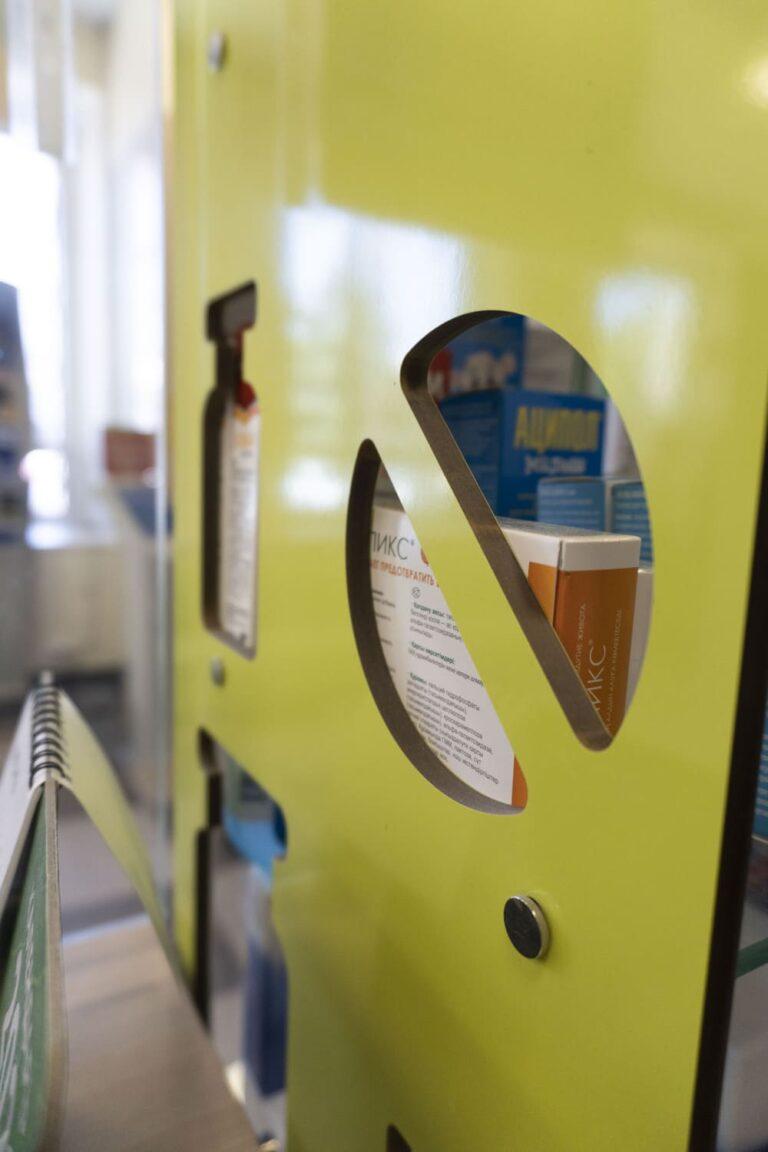 Элементы мебели для аптеки
